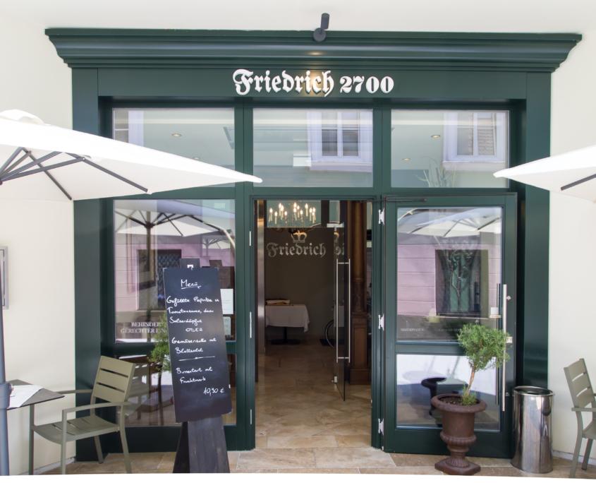 Eingang Friedrich2700