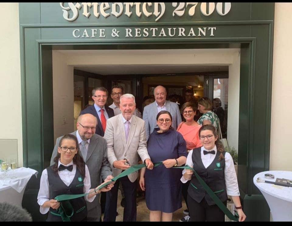 Eröffnung Cafe & Restaurant